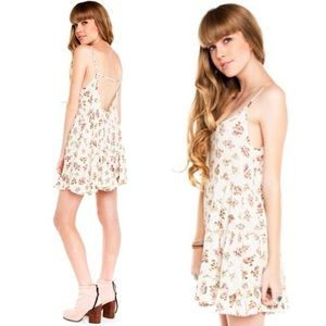 [Brandy Melville] Floral Jada Dress